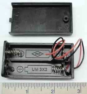 "2 ""AA"" Enclosed Battery Holder (6"" Leads) 3V"